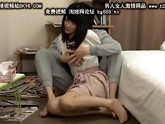 Japan girl - feeding my...