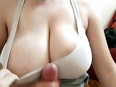 Sports Bra Master Titfuck cumshot