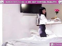 VR Bangers - Room service...