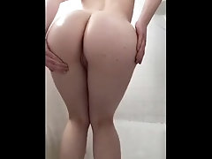 Dirty 18 Year Old Oils Up Her Ass
