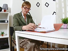 She Made Us Lesbians - Simona...