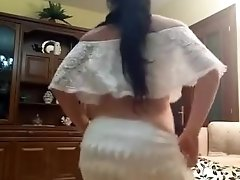 indian-girl-sexy-dance.mp4