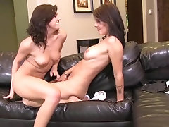 SEXYMOMMA - Lesbo student...